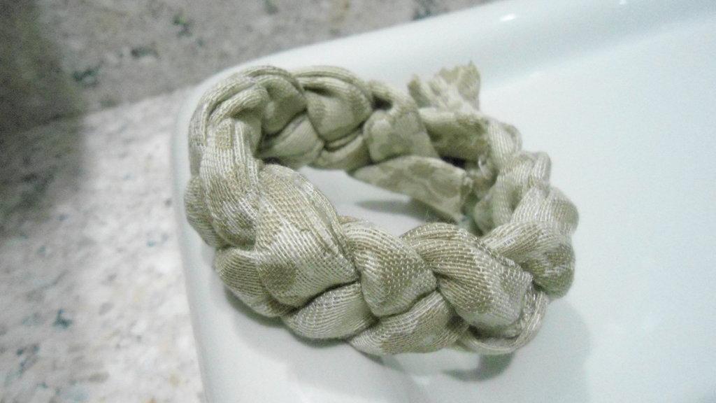bracciale morbido beige