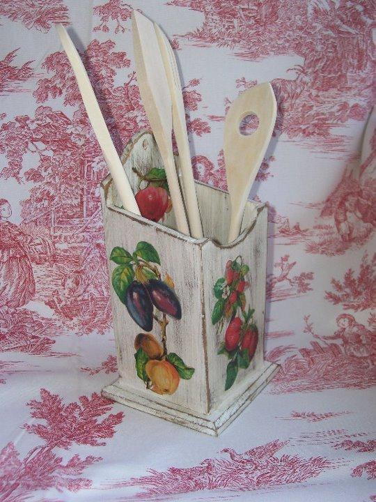 Porta mestoli da cucina shabby chic e decoupage per la for Mestoli da cucina vendita online