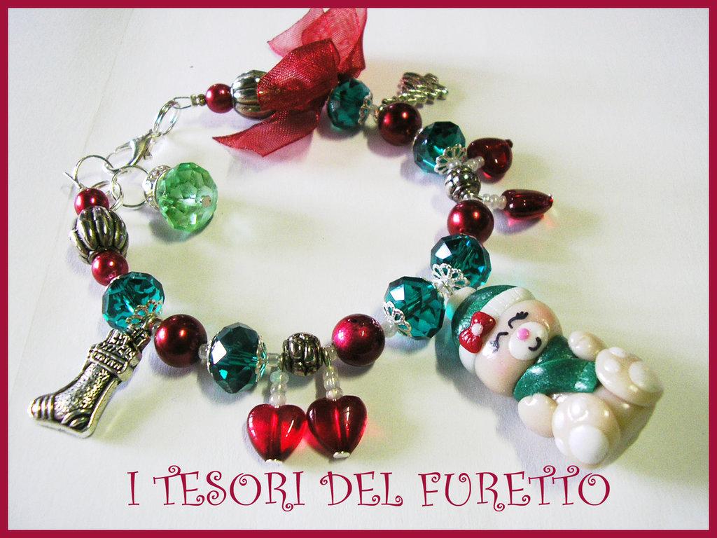 BRACCIALE * NATALE 2011 *  SERIE FUFUORSETTI FIMO PERLE * cappellino e sciarpa verde* bijoux natalizi idea regalo orsetto charm bracelet bear xmas christmas