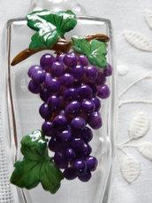 bottiglietta con grappolo d'uva in pasta di mais