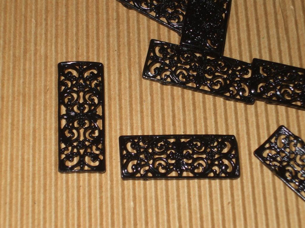 8 moduli bracciale metallo nero lavorato vend.