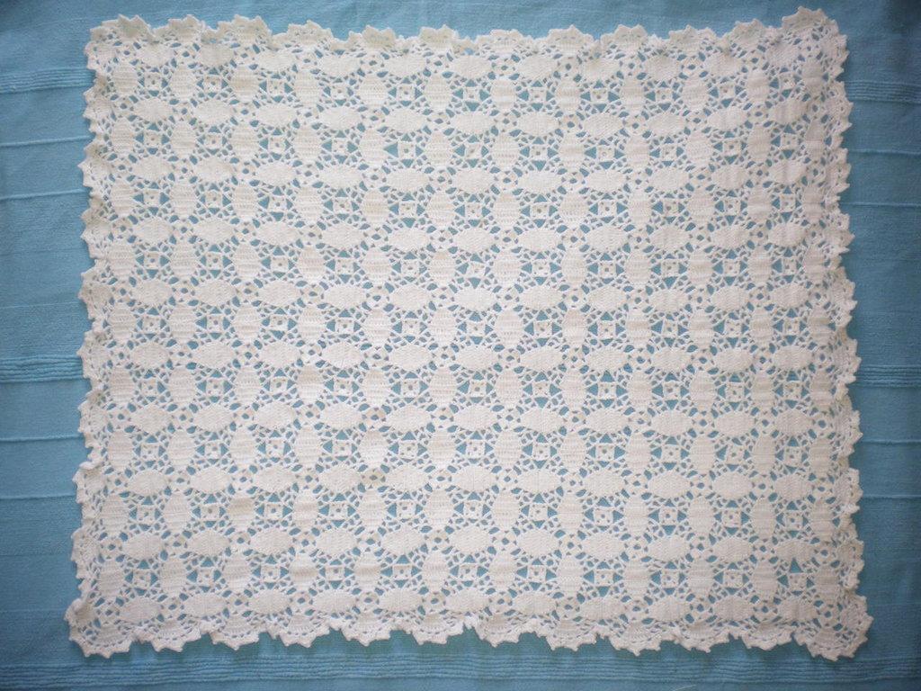 Copertina all 39 uncinetto per carrozzina crochet cover for Piani di coperta facili