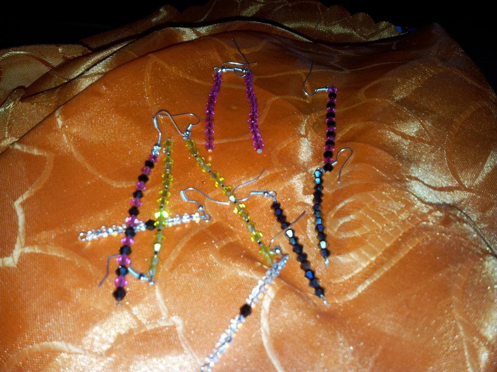 orecchini con perline swaroski