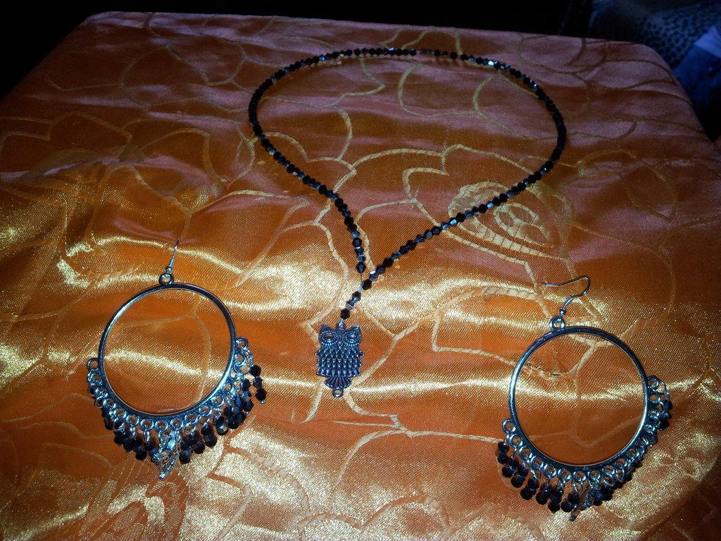 parure collana e orecchini artigianali