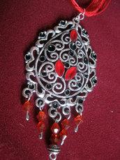 Collana rossa ghirigori