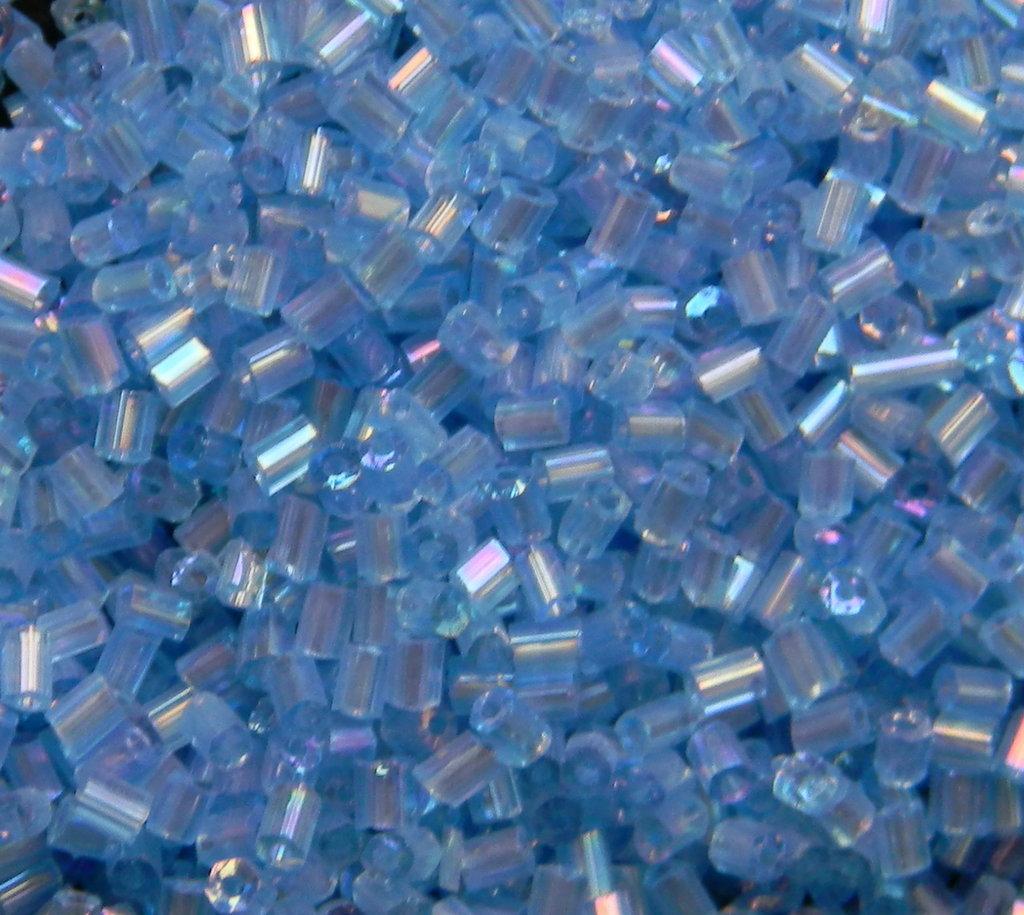 Perline tipo Bugle azzurre