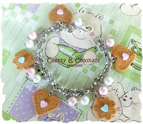 Bracciale dolcetti Fimo e perle