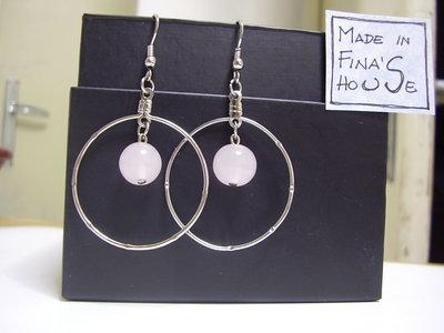 orecchini pendenti perlina rosa