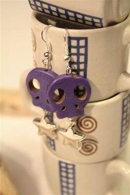 Orecchini Teschi Viola in pietra