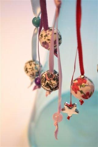 Monorecchino con perla in stoffa e raso