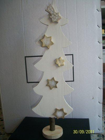 albero bianco con stelle
