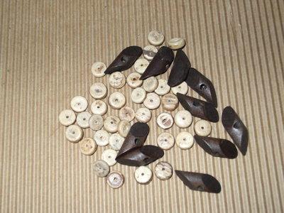 SCONTO Lotto perle legno color naturale