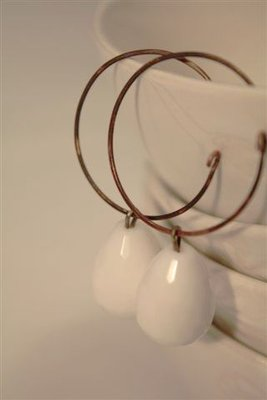 White Drops Earrings - Orecchini con gocce di agata bianca