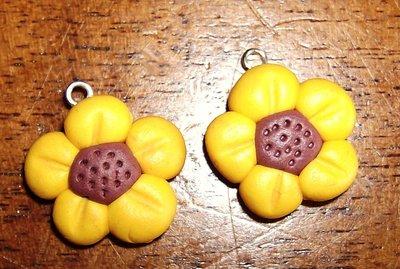 fiorellini ciondolo o orecchino