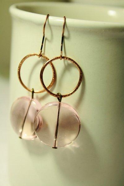 Earrings in Light Pink  - Orecchini con perle a disco in vetro Murano