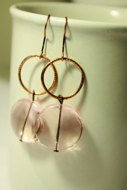 Earrings in Light Pink  - Orecchini con perle a disco in vetro Murano