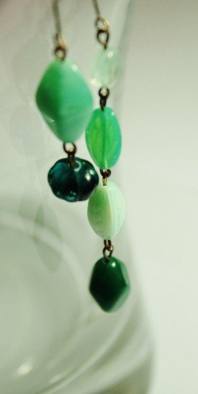 Aqua Earrings - Orecchini con perle in vetro e semicristalli verde acqua