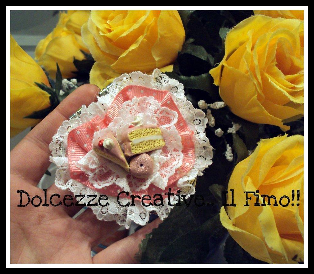 Spechietto - Kawaii lolita - torte alla fragola nastri rosa a pois e merletto! idea regalo