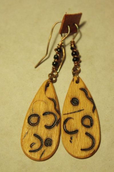 orecchini legno