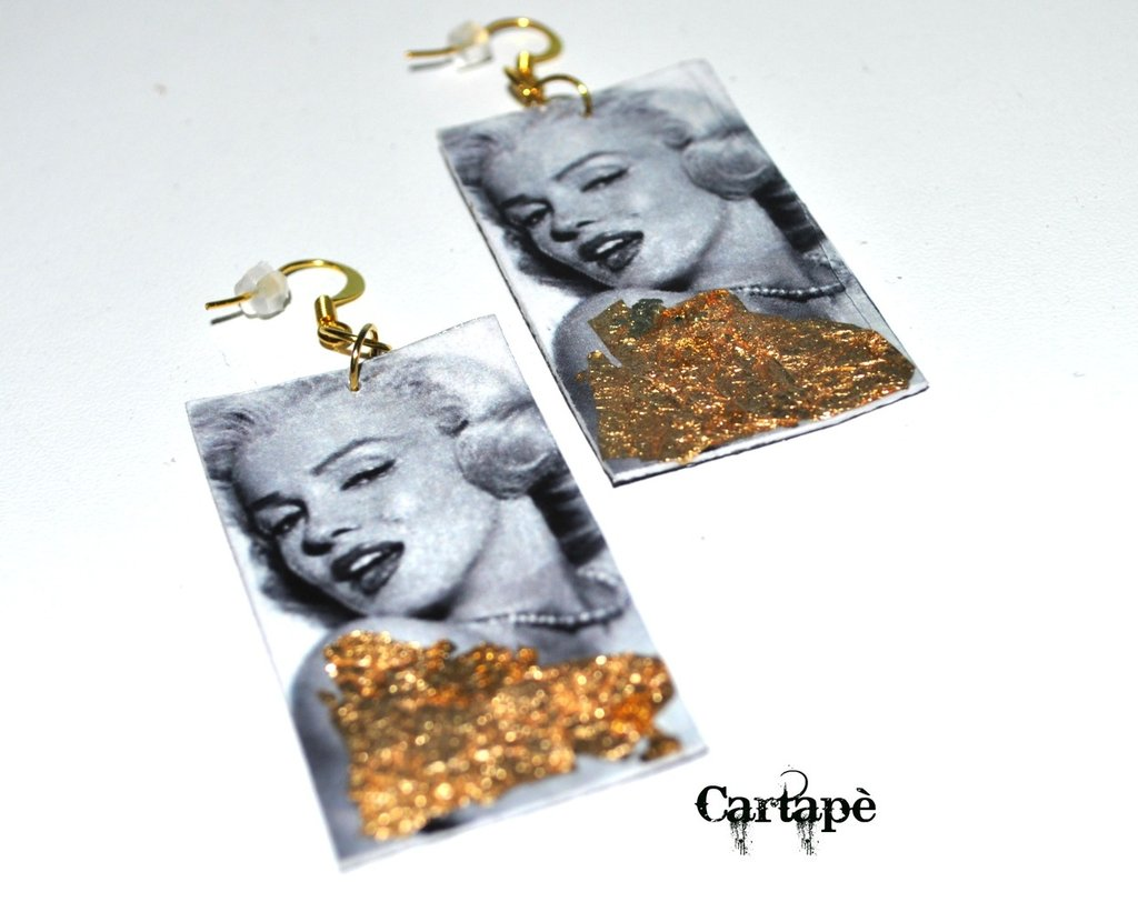 Glamour collection earrings .