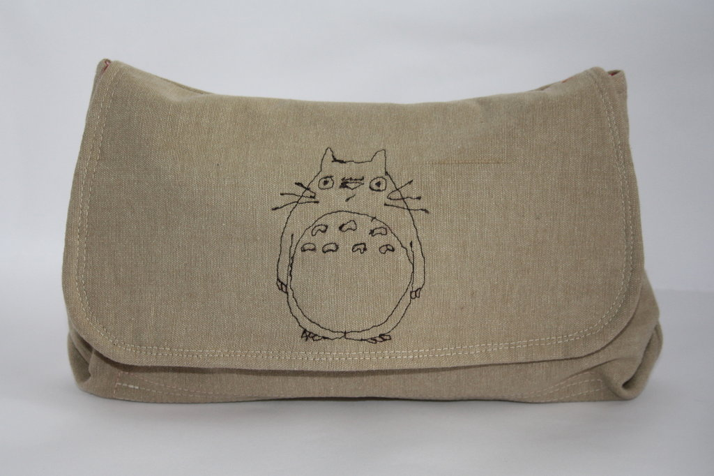 Totoro clutch