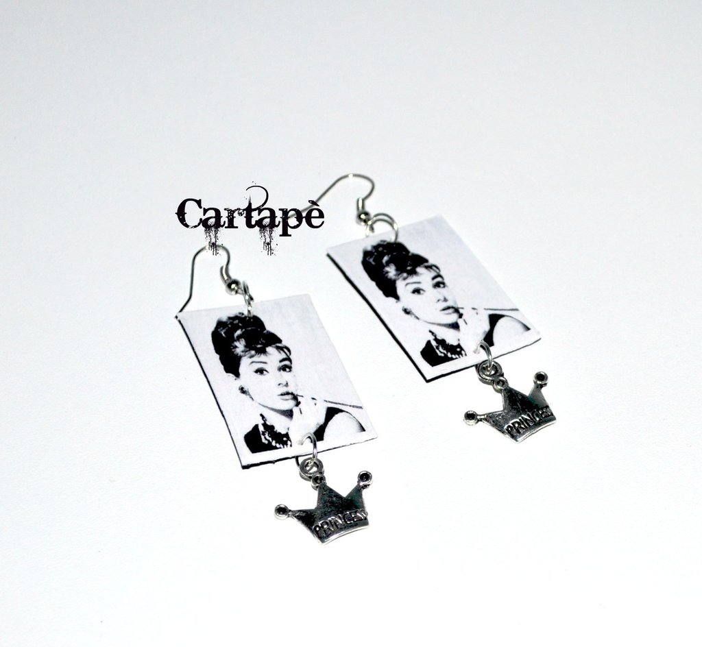 Collection vintage paper earrings