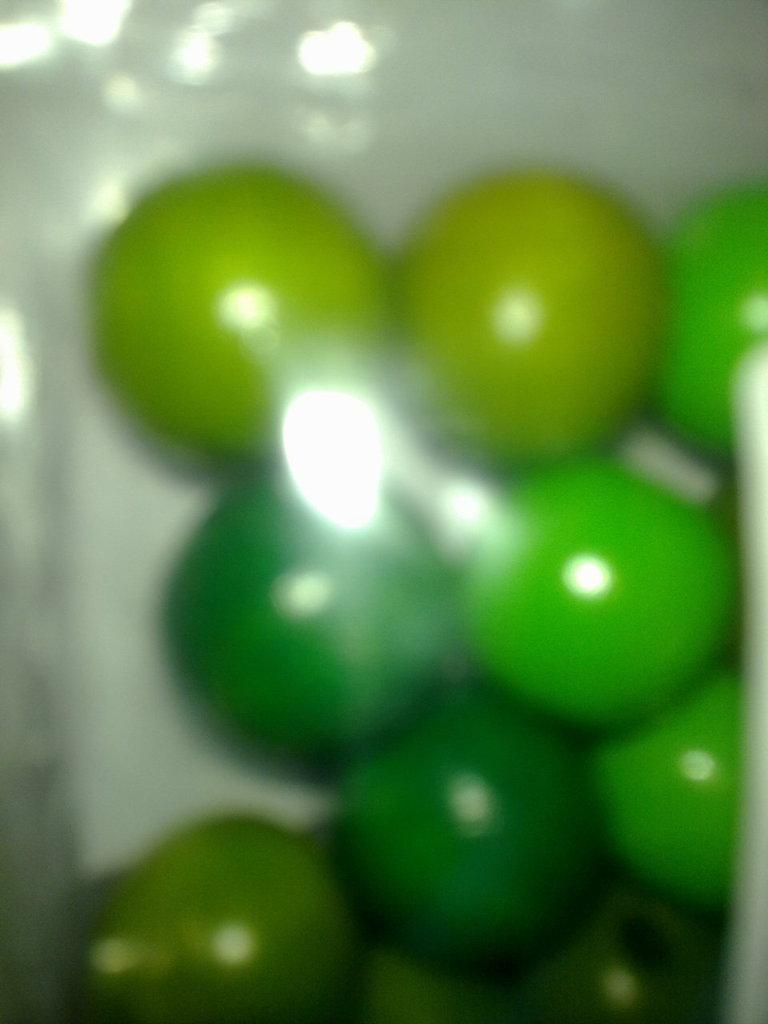 Perle forate in legno verdi 15mm