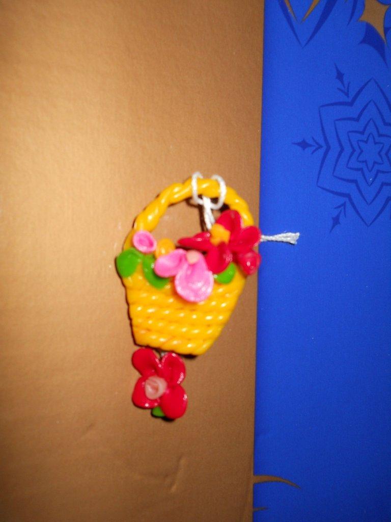 Spilla cestino fiori