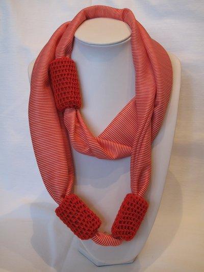Sciarpa rossa