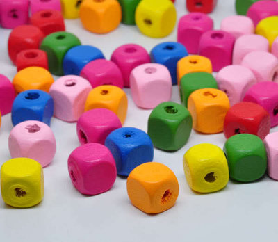 10 perle in legno a cubo 10x10mm kawaii pucciose pastello