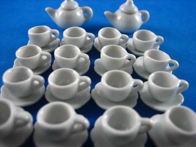 tazzina e piattino miniatura bianco casa bambole