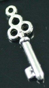 lotto 5 charms chiave key 2,2 cm
