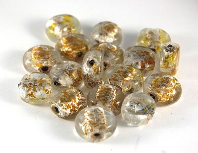 Lotto 2 perle in vetro pastiglia foglia oro 2x2,5 cm