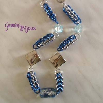 Collana Chainmail blu argento