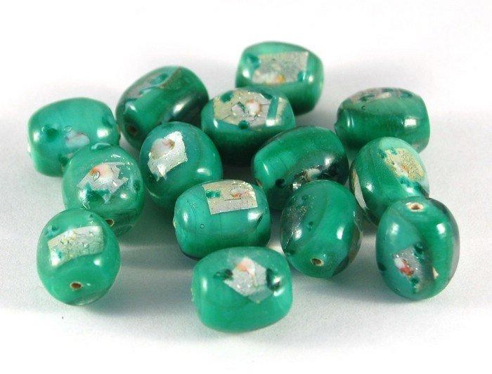 Lotto 2 perle ovali verdi vetro di murano 1,5 cm