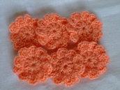 6 fiori all'uncinetto,di lana arancio.  6 crocheted flowers,in orange wool yarn,supplies