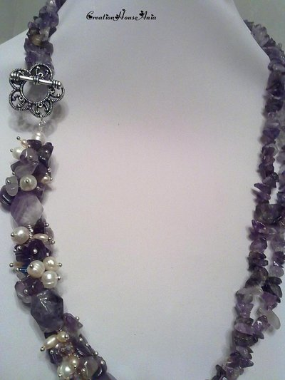 Necklace with pearls and amethysts made in hand. Бусы с жемчугом и аметистами.