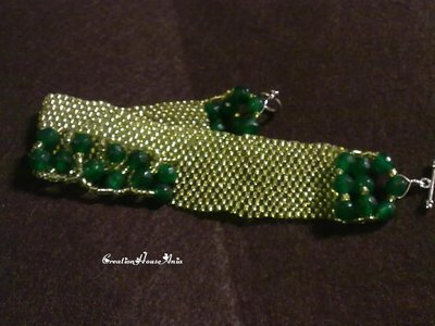 Bracelet decorated made in hand, green ''EMERALD''.