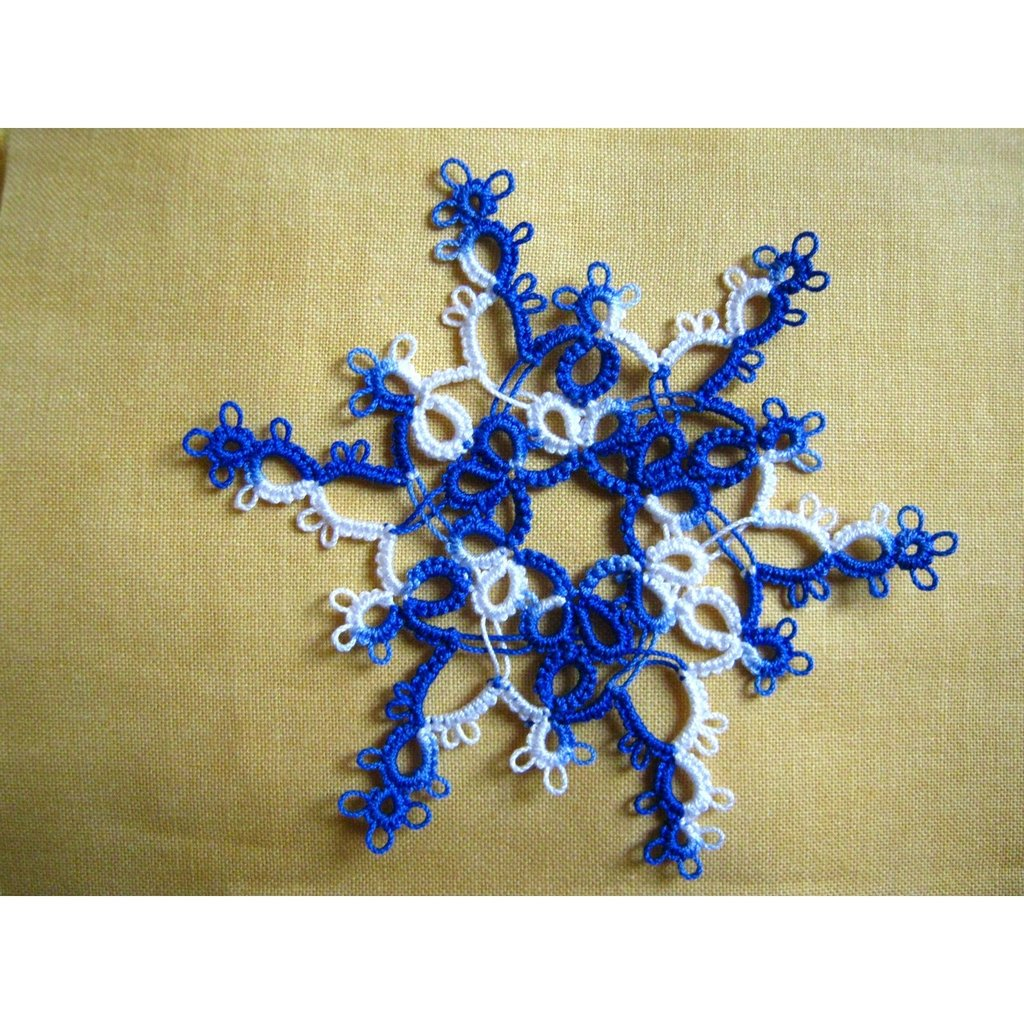 Fiocco di neve a chiacchierino-tatting snowflakes