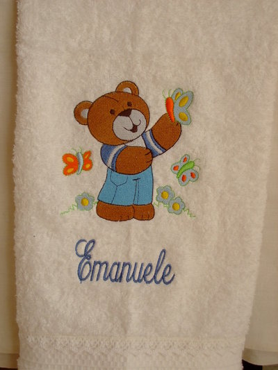 Ascuigamano bianco, ricamato personalizzato con nome.White Towel embroidered,with name,personalized.