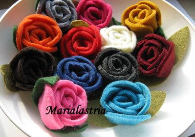 Rose medie per decorazione in feltro