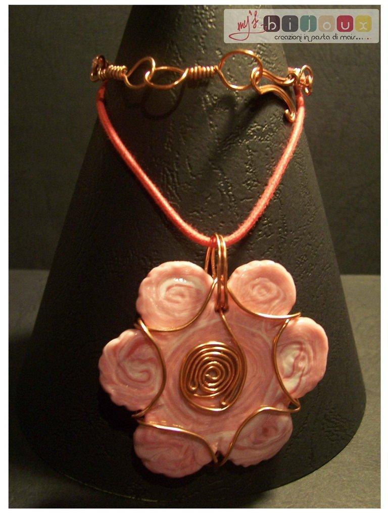 Ciondolo fiore rosa
