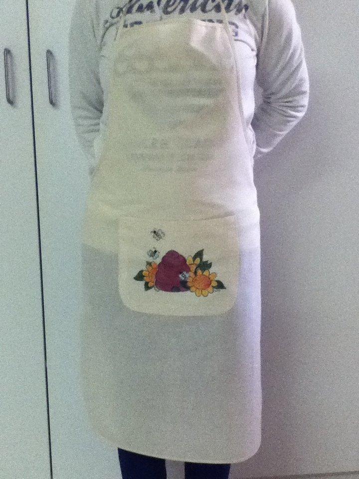 Grembiuli da cucina dipinti a mano donna abbigliamento di le su misshobby - Grembiuli da cucina ...