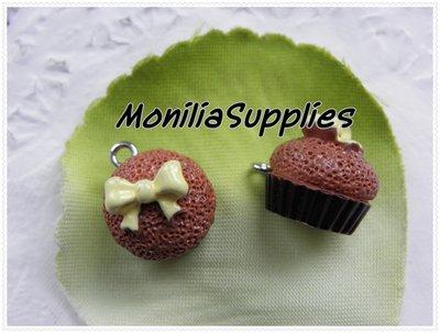 1 pz ciondolo charm in resina cupcake tortina fiocco con chiodino 18MM
