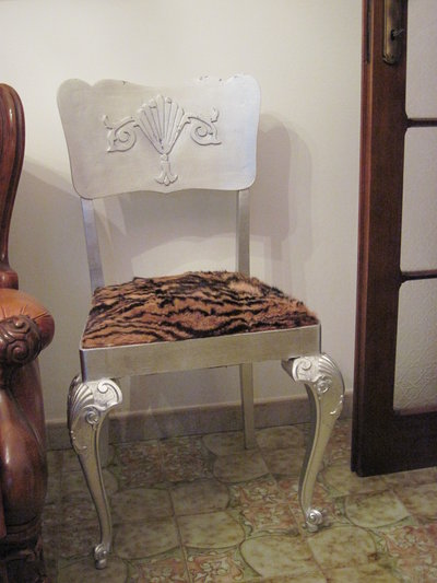 sedia foglia argento