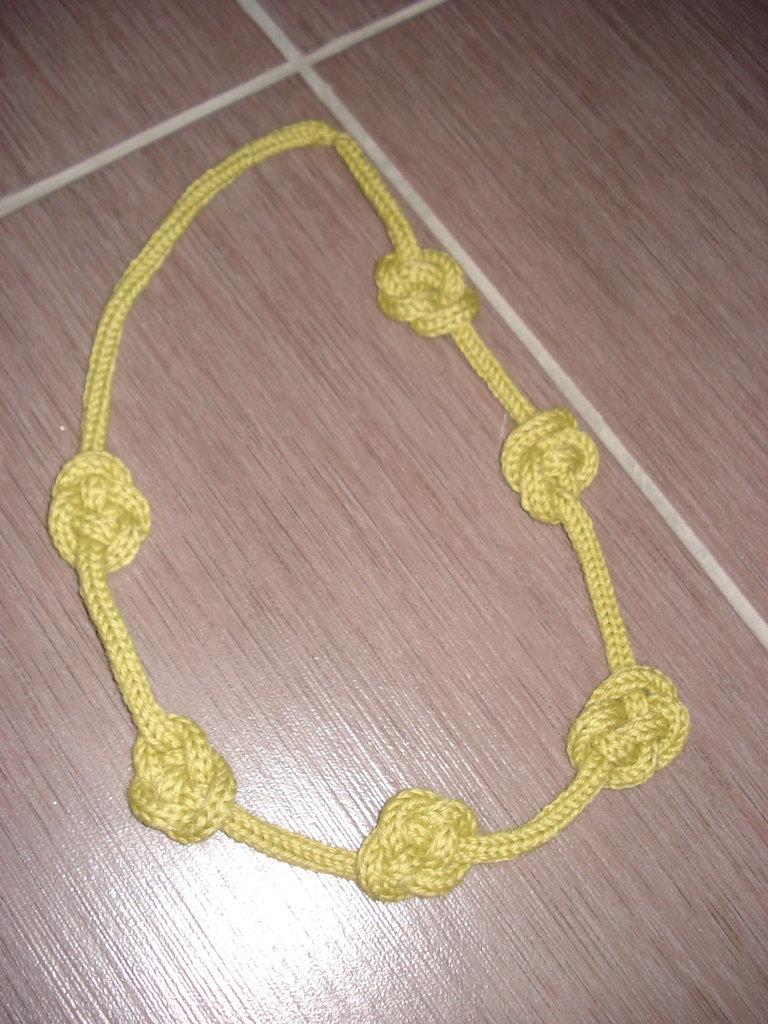 collana tricottata