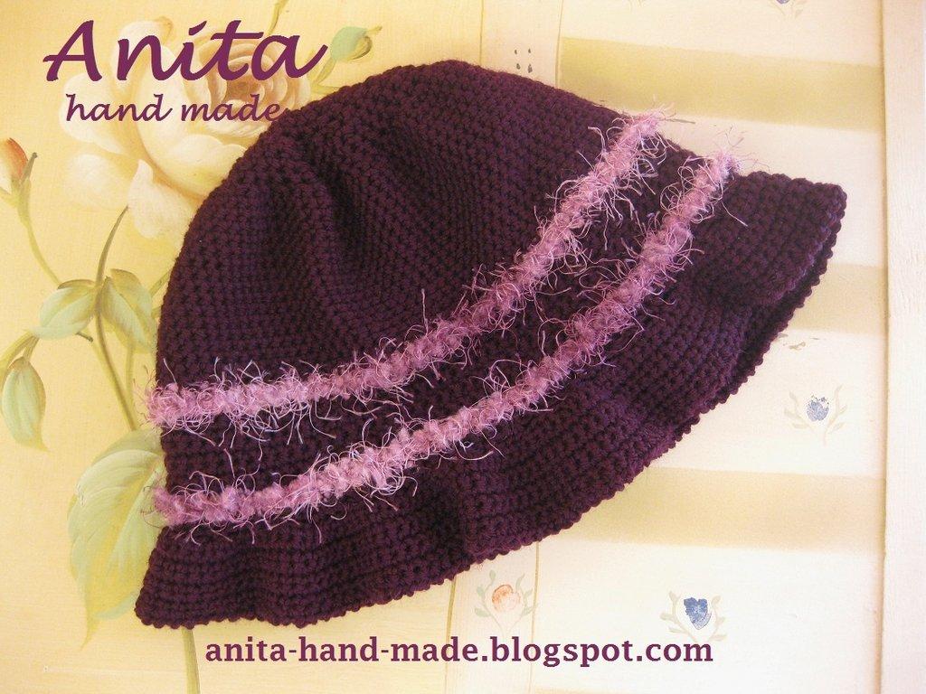 Cappello donna in lana viola