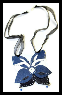 Collana Butterfly blu