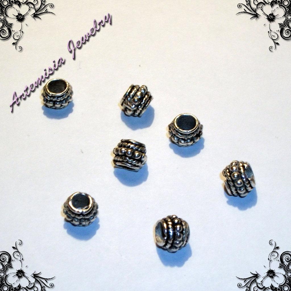 Perle di metallo 2