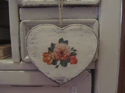 Cuore Shabby con rose vintage
